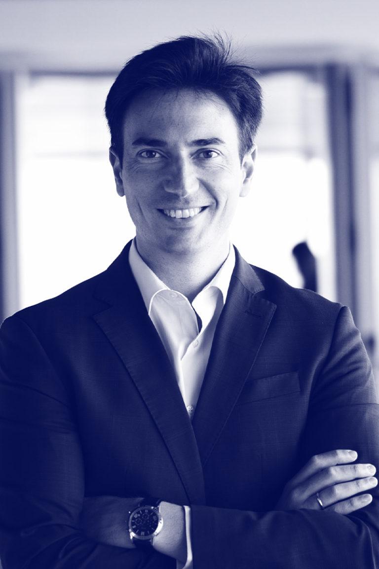 José Peris Vicepresidente 1°
